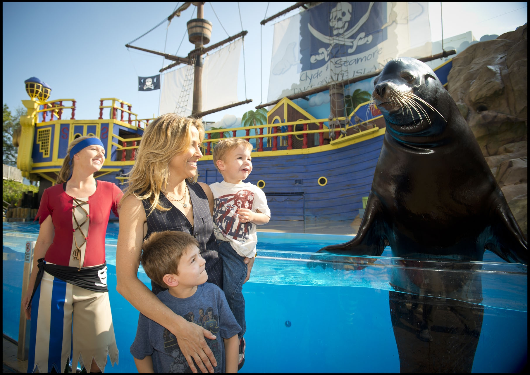 Sheryl Crow and Family at SeaWorld Orlando