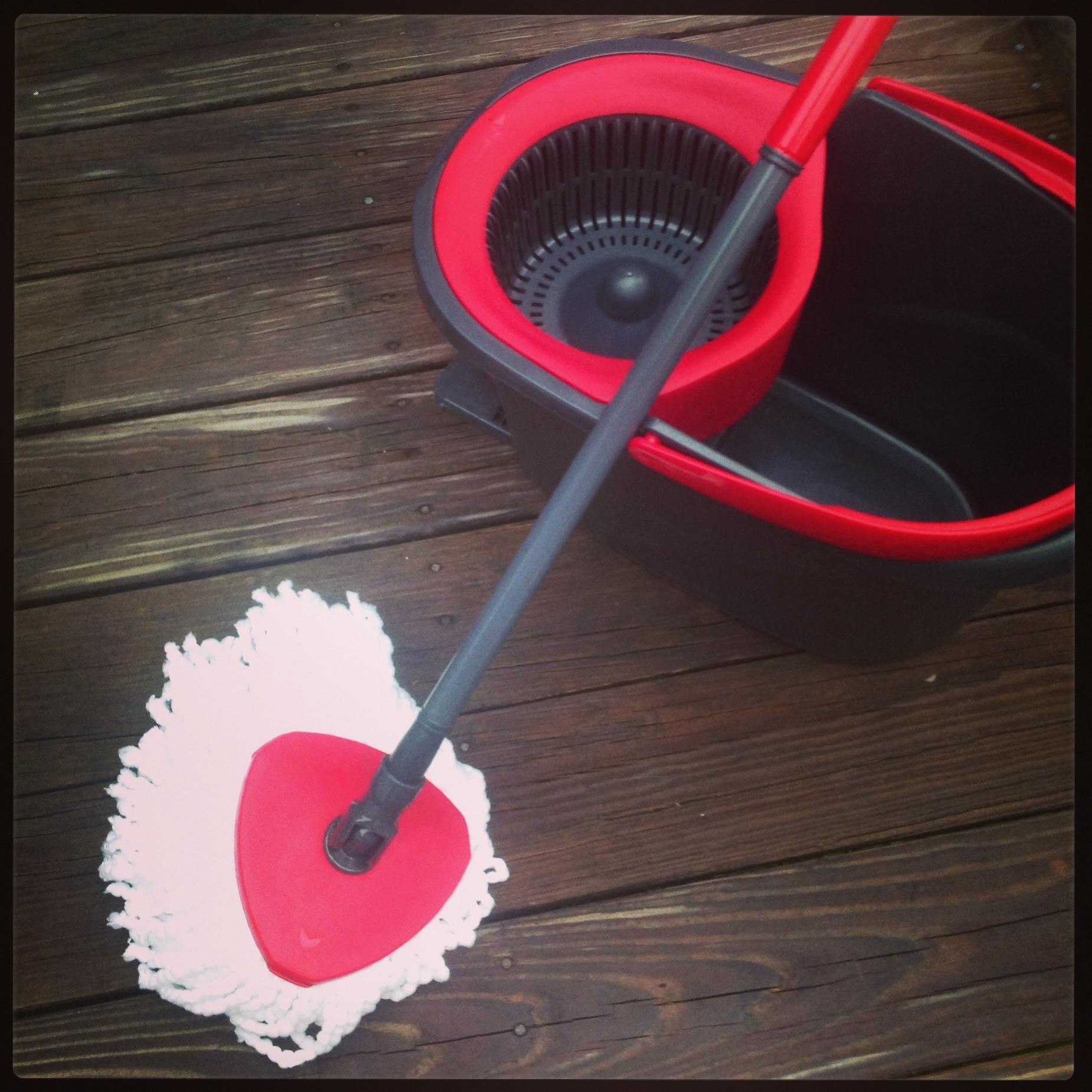 O-Cedar Easy Wring Spin Mop & Bucket System