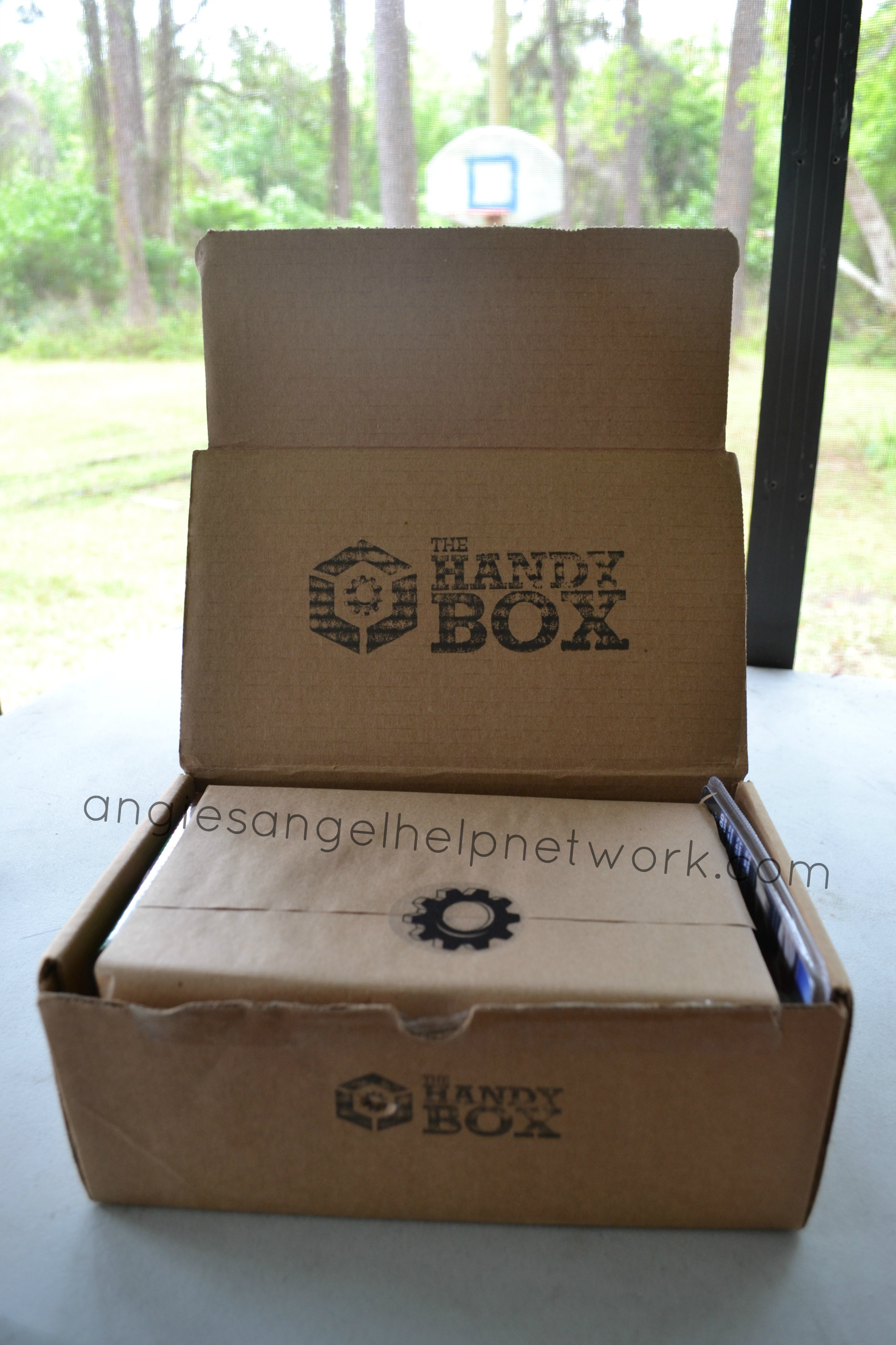 The Handy Box Review