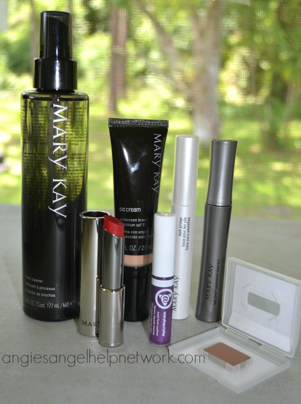 Mary Kay Summer Beauty Essentials