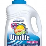 With Woolite Everyday Keeps Clothes Looking New