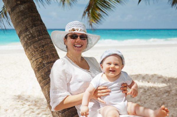 Moms Who Choose Pampers Sleep Longer!