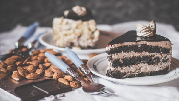 5 Helpful Tips on How to Bake a Cake